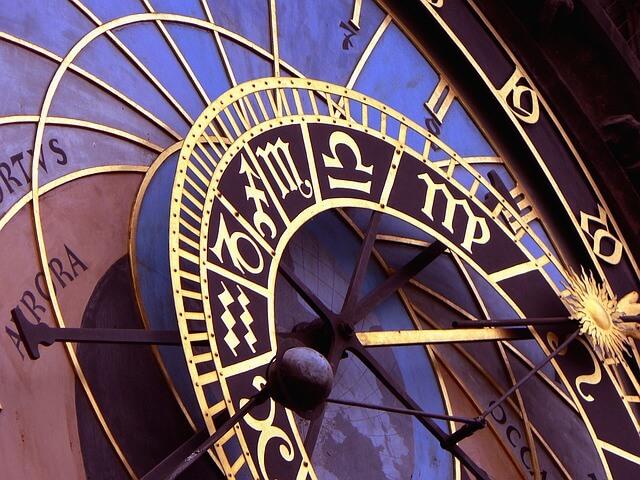 clock-1096054_640 (1)