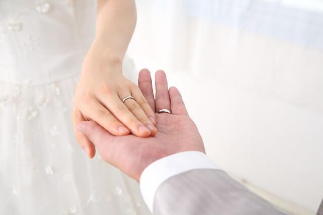 あなたは大丈夫?結婚しても浮気や不倫する可能性が高い男の手相はこれ!